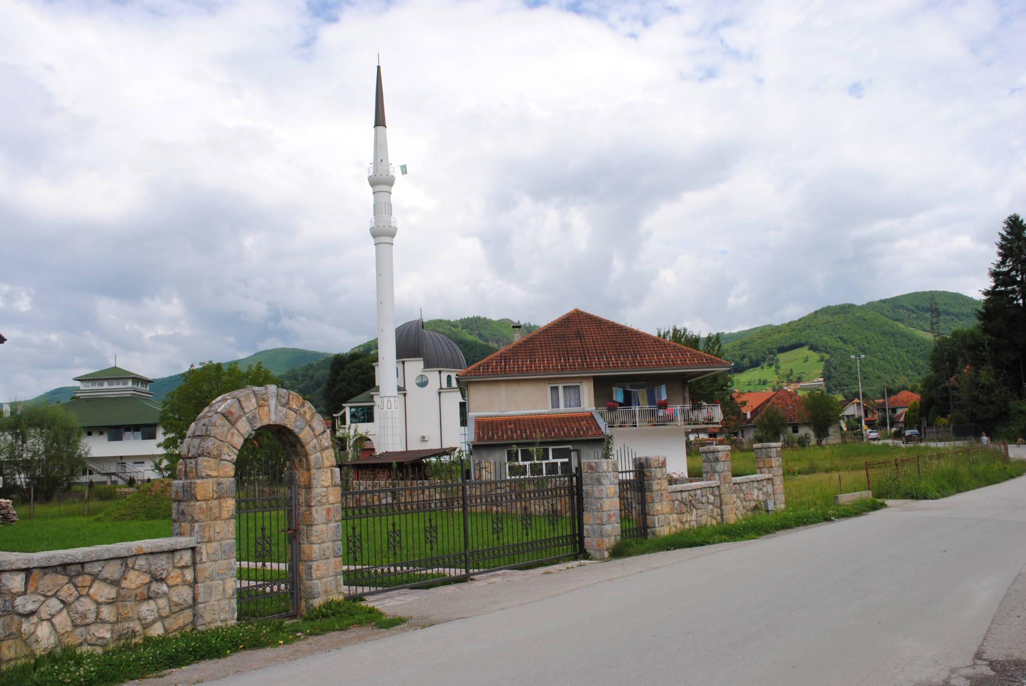 7. Novo sagrađena džamija u Rasovu kod Bijelog Poja