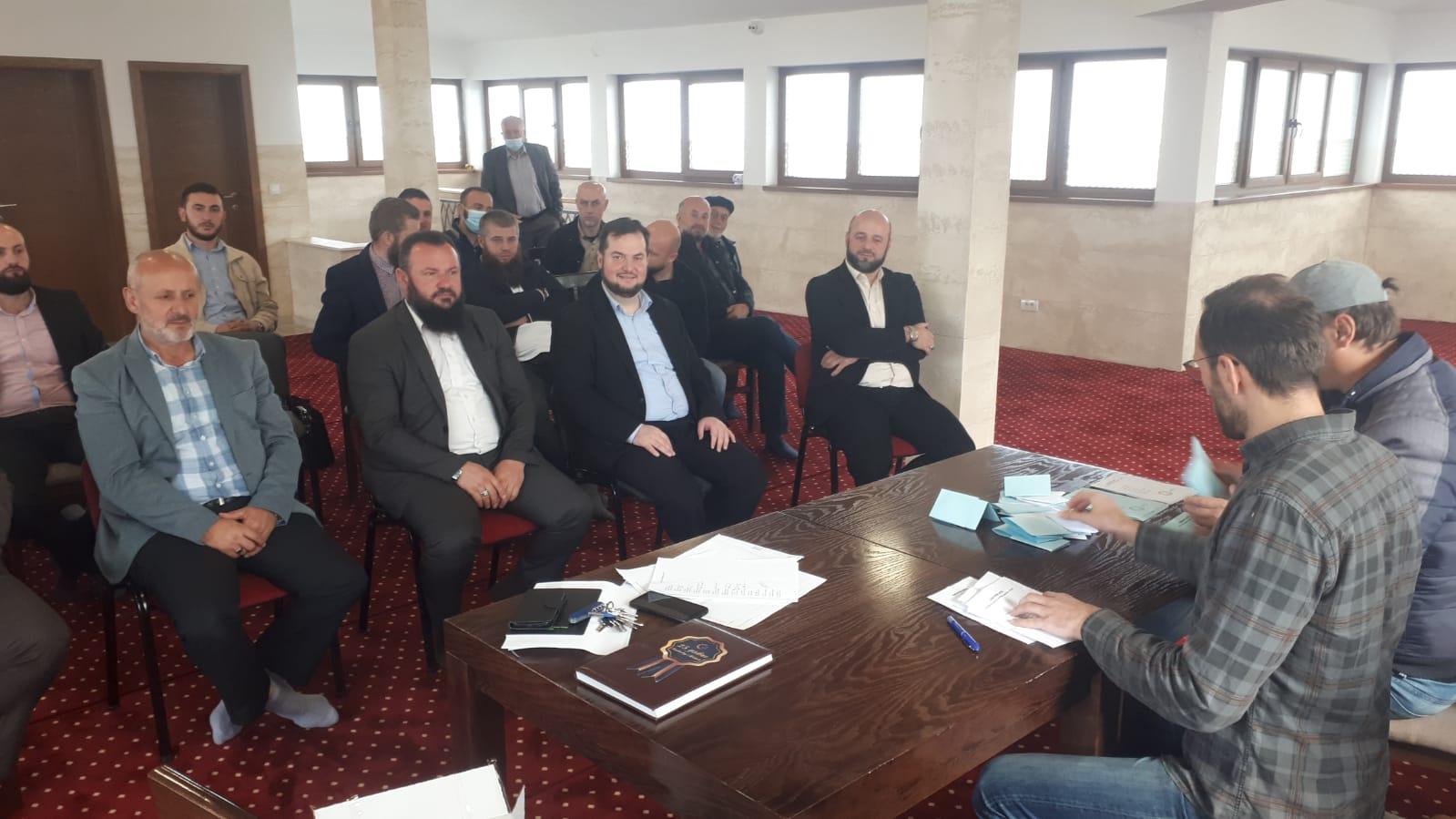 Edib ef. Zukorlić: Islamska kuća za brigu o roditeljima džematlija u  dijaspori | SANA